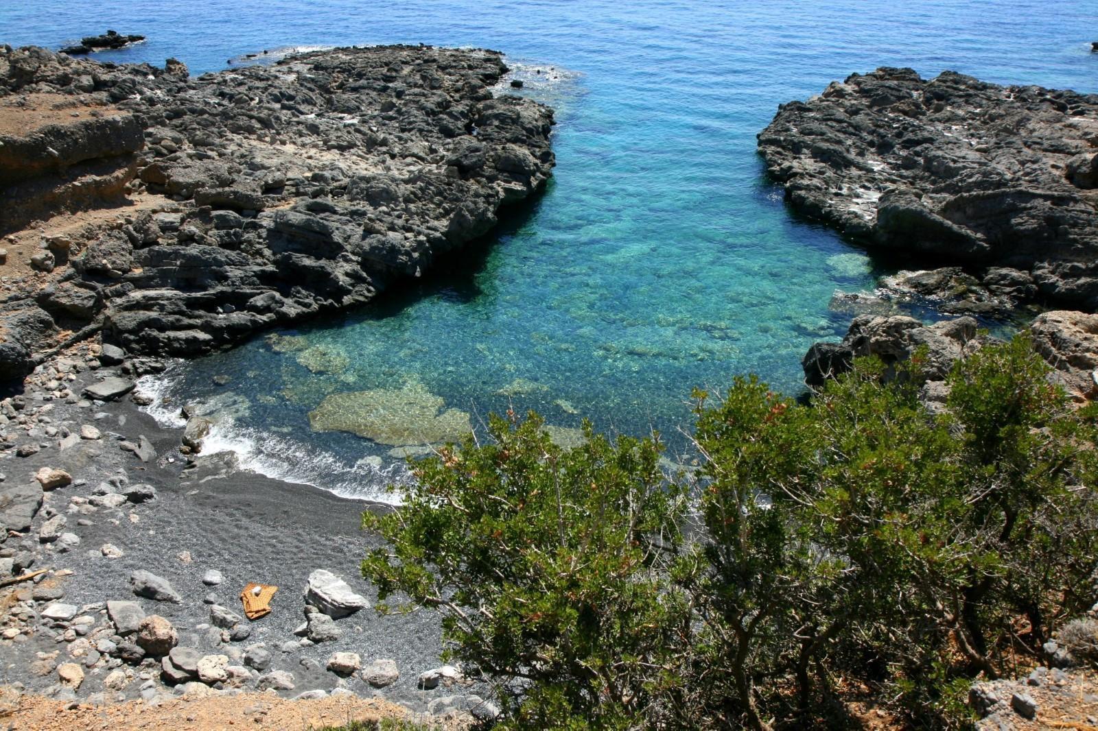 Μικρό / Μεγάλο Αγαδικό, Παραλία στο Ηράκλειο Κρήτης